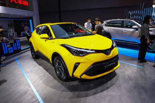 上海绅瑞丰田C-HR优惠高达1.6万元
